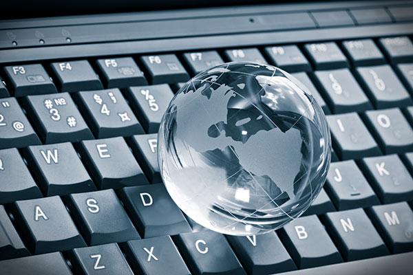 glass_globe_black_keyboard.jpg